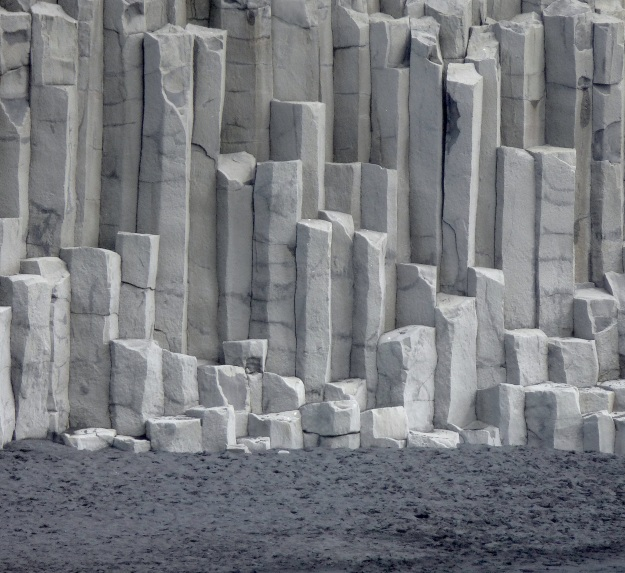 pillars1