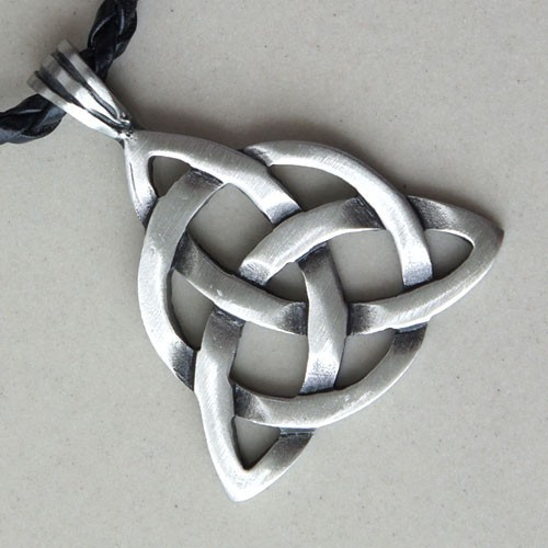 new-triquetra-trinity-a-knot-pagan-norse-viking-silver-pewter-pendant-amulet